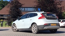Rijles automaat in Volvo V40